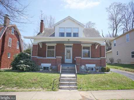 15 W Maplewood Avenue - Photo 2