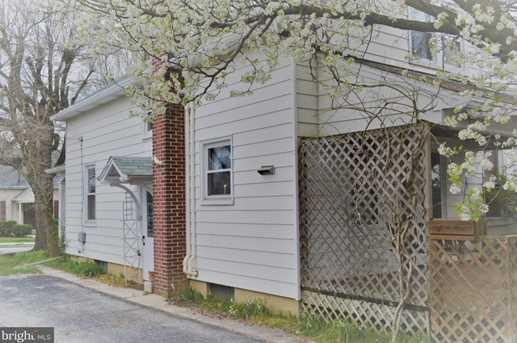573 N Franklin Street - Photo 4
