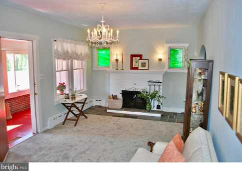 1041 Fern Avenue - Photo 4