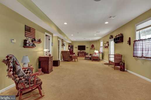 92 Range End Manor - Photo 24