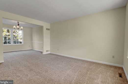 595 Constitution Drive - Photo 4