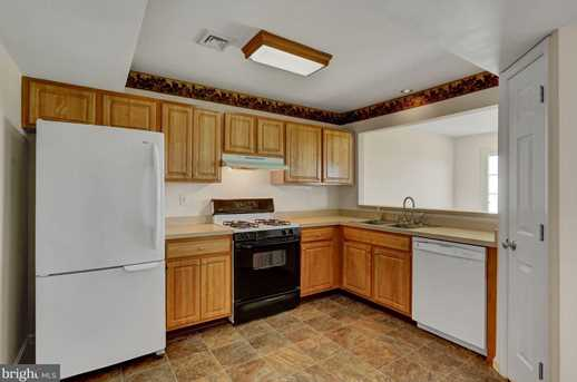 6622 Springford Terrace - Photo 14