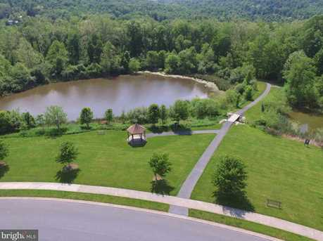 114 Lakeside Drive - Photo 4