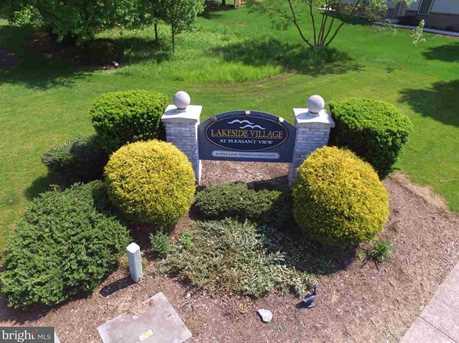 114 Lakeside Drive - Photo 2