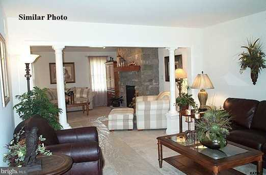 ~ Brentwood Model - Photo 2