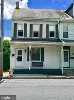 1542 Walnut Street - Photo 2