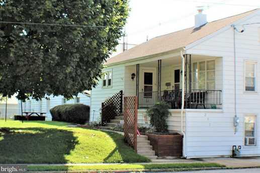 231 N Sumner Street - Photo 1