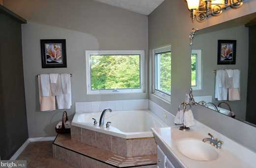 240 Nell Road - Photo 18