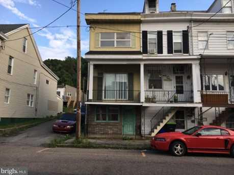 438 E Mahanoy Street - Photo 1