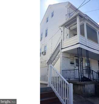 206 W Phillips Street - Photo 1