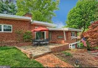 2820 Russell Road - Photo 1