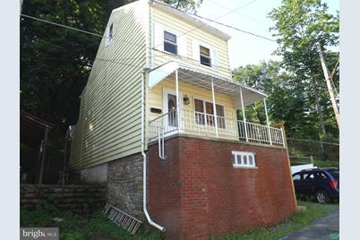 1023 Schuylkill Avenue - Photo 1