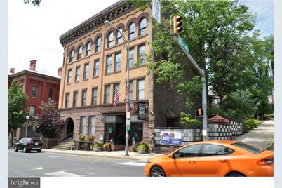 315 N Centre Street - Photo 1