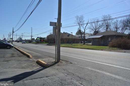 1106-1108 E Simpson Street - Photo 14