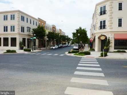 623 Richmond Drive #101 - Photo 2