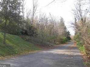 216 Spottswood Lane #4 - Photo 2