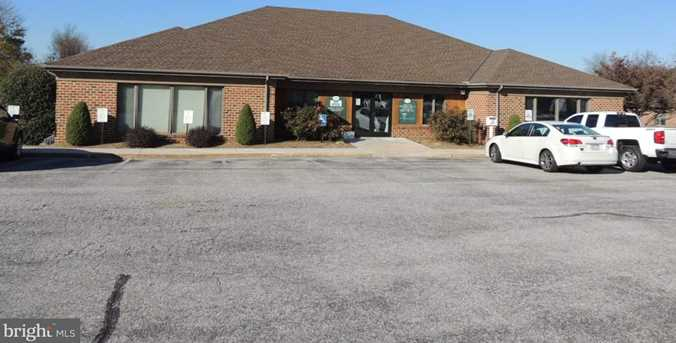 1010-1050 Plymouth Road - Photo 1