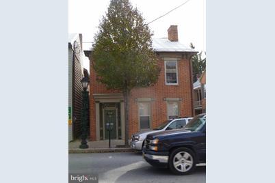 60 E King Street - Photo 1