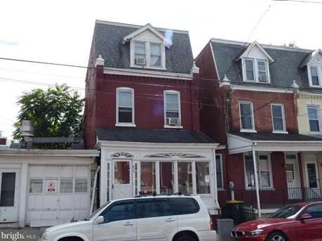 644 E Chestnut Street - Photo 1