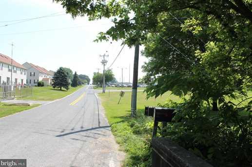 2081 Lincoln Highway E - Photo 6