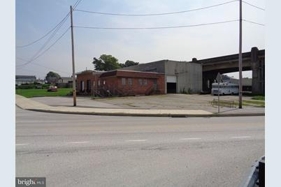 185 N Front Street - Photo 1