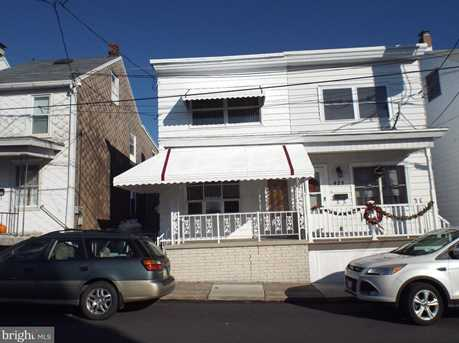 419 S Middle Street - Photo 1