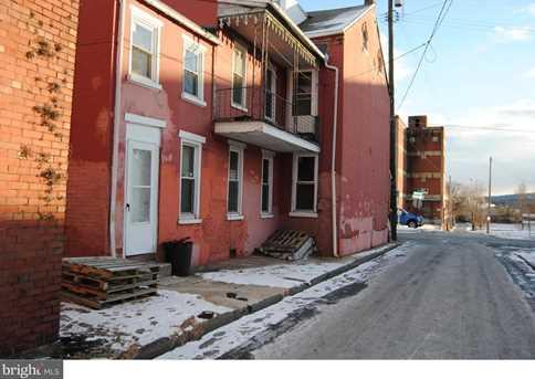 725 Chestnut Street - Photo 2