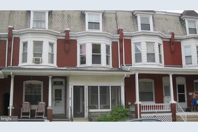 541 Chestnut Street - Photo 1