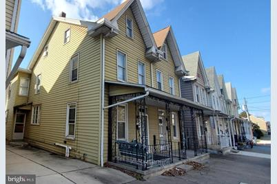 618 S 2nd Street - Photo 1