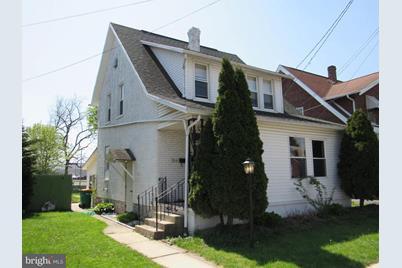 711 Clayton Avenue - Photo 1