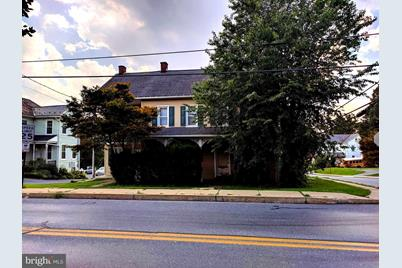 349 N George Street - Photo 1