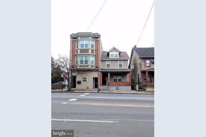 152 B Hamilton Street E - Photo 1