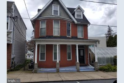 213 W Market Street #1ST FLOOR - Photo 1