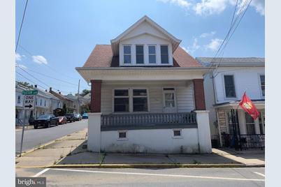 122 Paxson Avenue - Photo 1