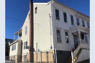 328 Cherry Street - Photo 1