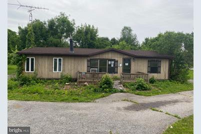6828 Lincoln Highway - Photo 1