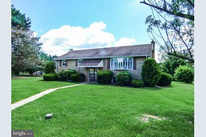 890 Witmer Road - Photo 1