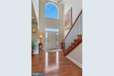 932 Wetherburn Dr York Pa 17404 Mls, Wetherburn Laminate Flooring