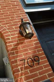 709 Port Street S - Photo 2