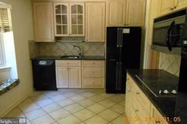 8912 Spring Valley Road - Photo 4