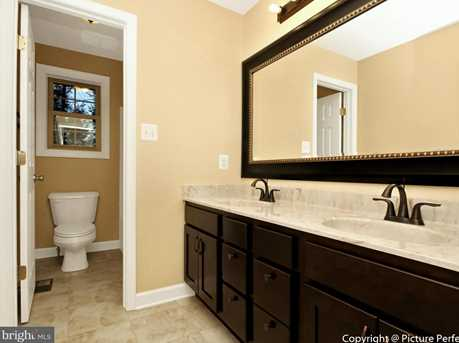 10807 Forest Edge Place - Photo 12