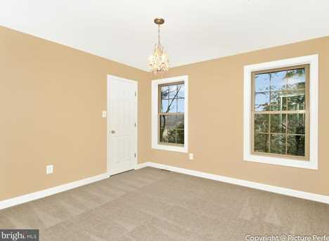 10807 Forest Edge Place - Photo 16