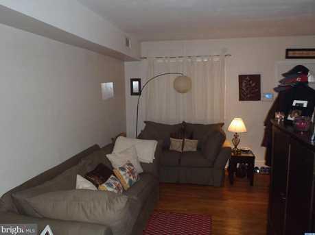 1808 W 7th Street - Photo 2