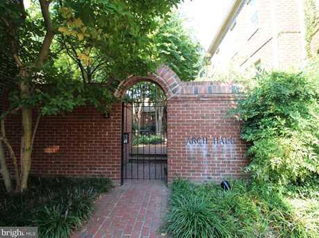 639 Columbus Street S - Photo 1