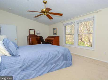 6142 Cedar Wood Drive - Photo 16