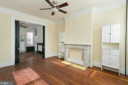 504 Mulberry Street W - Photo 2