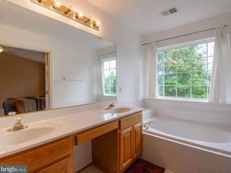 6923 Traditions Trail - Photo 16