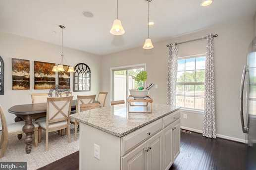 8214 Secluded Cove Ln - Photo 6