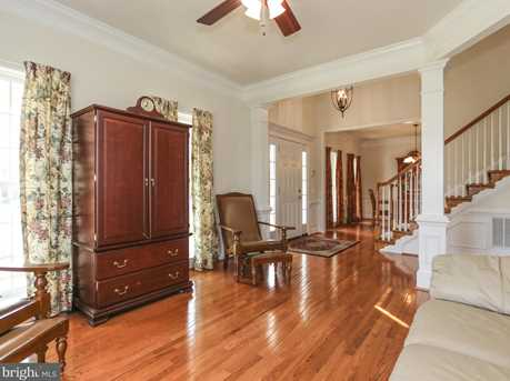 9406 Old Settle Court - Photo 4