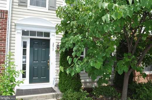 5013 Greenhouse Terrace - Photo 1